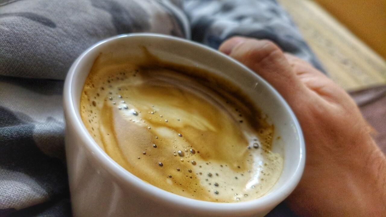 Крепкий кофе для крепких снов.